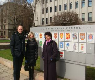 (Left to right: Jörgen Svidén, ECAD Director, Lina Borisevičienė, Kaunas Municipal International Relations Division Chief Specialist and Rasa Šerpytriene, Kaunas A. Žikevičius Safe Child School